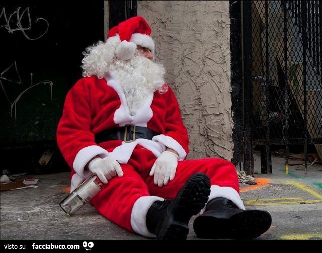 Babbo Natale Ubriaco.Babbo Natale Ubriaco Facciabuco Com